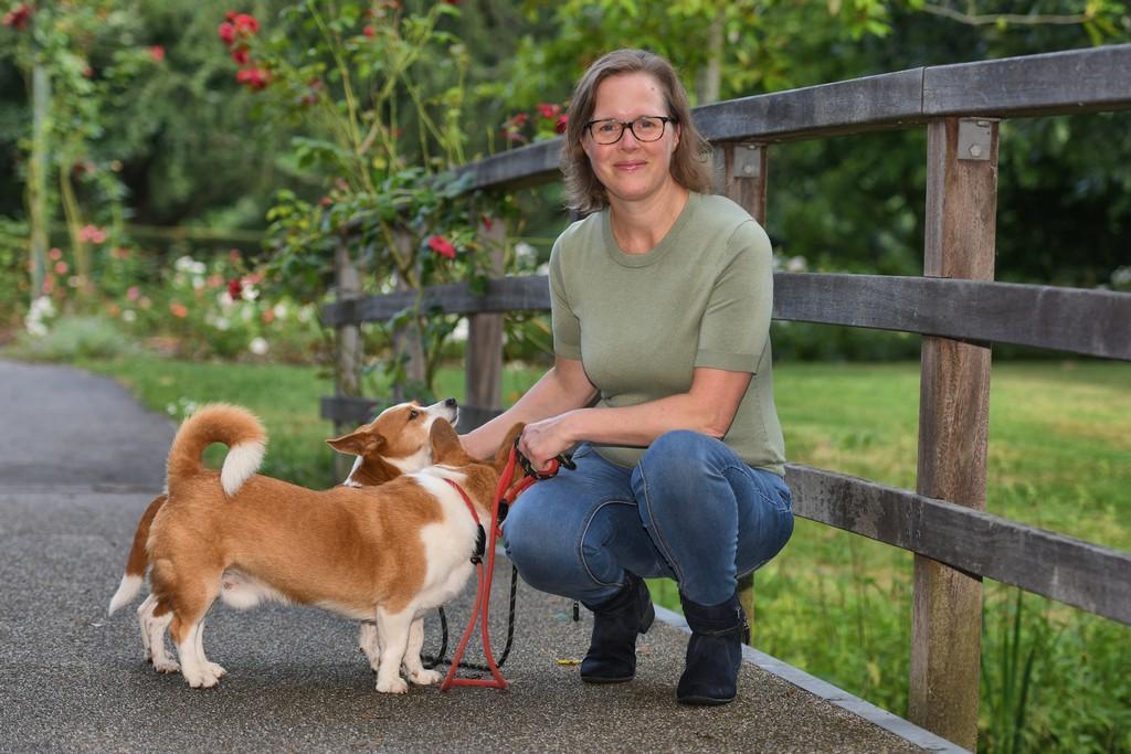 Madelon met buitenlandse adoptiehond